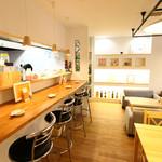 和牛処 Hana - カウンター席もございますので、お一人様でもお気軽にご来店下さいませ。