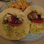 SOFT - タコス(鶏マヨ)+フライドポテト