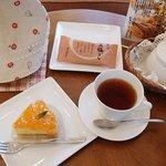 3278854 - みかんタルトと紅茶。紅茶はおかわり付き。