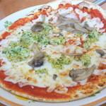 サイゼリヤ - 野菜ときのこのピザ(¥399)