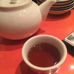 32789517 - ポットサービスのプーアール茶