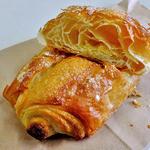パンの店 ベルツ - ホワイトチョコクロワッサン