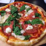 本格塩ゆでスパゲティ 隠れスパ一世 - ほうれん草とトマトのマルゲリータ