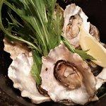 大漁旗 - 牡蠣の酒蒸し
