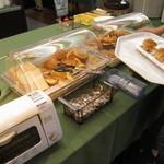 大江戸温泉物語 かもしか荘 - 料理写真:朝食