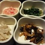 隠れ菴忍家 - 4種のこだわり小鉢