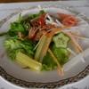 マジェンタ - 料理写真:季節のサラダ