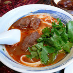杜記 - 牛肉刀削麺