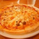 テージャスランチ - 石窯ピザ ベーコン&きのこ1000円