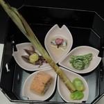 松田屋ホテル - お料理も女性向けに少量なのに種類が多くて、大満足