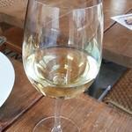 ビービーアール・アパートメント - グラス白ワイン
