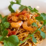 32817278 - 海の幸とルッコラのスパゲッティトマト風味