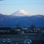 さけくら - 3階宴会席からの富士(晴れた日や、夕焼けは絶景。)