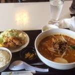 32823082 - 担々麺定食