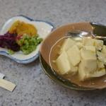 天里 - 小鉢と、漬け物