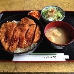 めいと - 料理写真:ソースかつ丼\1,009