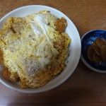 富士屋 - 料理写真:カツ丼750円