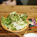 西尾さん - お通しのサラダ
