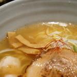 麺処 銀笹 - スープはあっさりだがキレがある