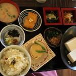 ふく蔵 - 揚巻湯葉とおとうふ膳