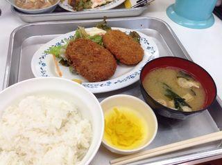 一休食堂 - 和牛メンチ・コロッケ定食