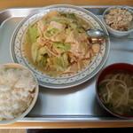 32842461 - 豆腐チャンプルー定食(650円)です。