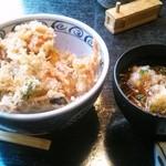 32843112 - 海鮮と野菜のかきあげ天丼とおろし蕎麦