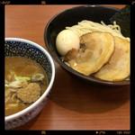 豚骨一燈 大塚店 - 半熟味玉 濃厚魚介つけ麺 880円