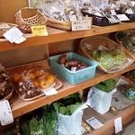 越畑フレンドパーク まつばら - 野菜の直売