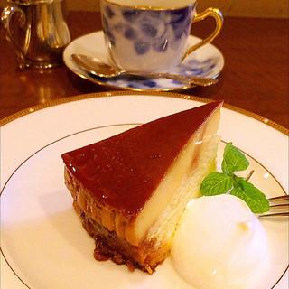 Le Premier Cafe in ビギ・ファースト - プリンケーキ✩
