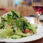 ピッコロヂヂ - <2014年11月>いつ注文しても絶対にフレッシュな野菜を使ったピッコロサラダ。