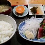 32847432 - 鰹タタキ定食