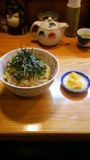 吉兆 - たっちょほねく丼 570円