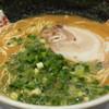 たまがった  - 料理写真:680えん『らぁめん』2014.12