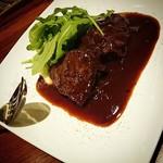 イル ジェンティーレ - 牛ほほ肉の赤ワイン煮込み