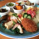 レストラン カントリーパパ - 農園セット   ¥1,100   税別