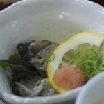 くいどうらく - 生牡蠣