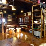 丸太小屋レストラン  びんずる - 12:30を過ぎたら満席になりました!