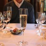エルミタージュ ドゥ タムラ - Champagne Taittinger a Reims Brut Reserve (2014/11)