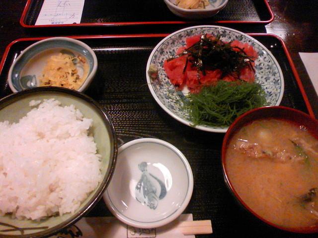 魚や  新橋店 - まぐろ中おち定食
