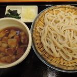 田舍屋 - 肉汁ざるうどん500円