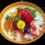 32871695 - 豪快漁師の海鮮丼