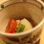 一平 - 海老芋のたき合わせ