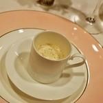北島亭 - 2014.10 マッシュルームのクリームスープ