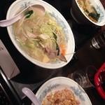 南天 - タンメンとラーメン炒飯