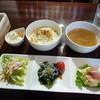 テソロ - 料理写真:本日の3種サラダ700円