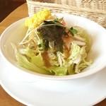 味の郷 こばりどん - 料理写真:オムライス自慢のお店【こばりどん】サラダ♪