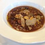 ヴィラ・アイーダ - うずら豆と大麦のズッパ