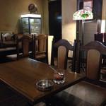 カフェ ビィオット - 店内