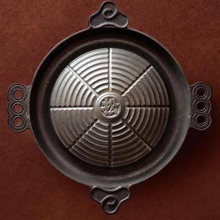 松尾ジンギスカン専用の鍋